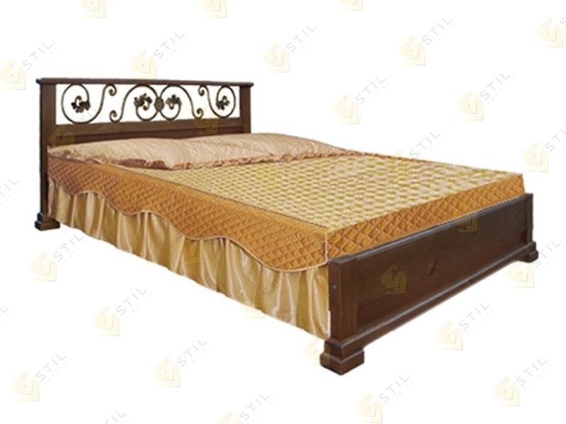 Кровать из массива Бажена
