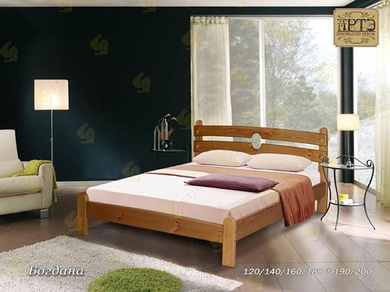 Кровать из массива Богдана