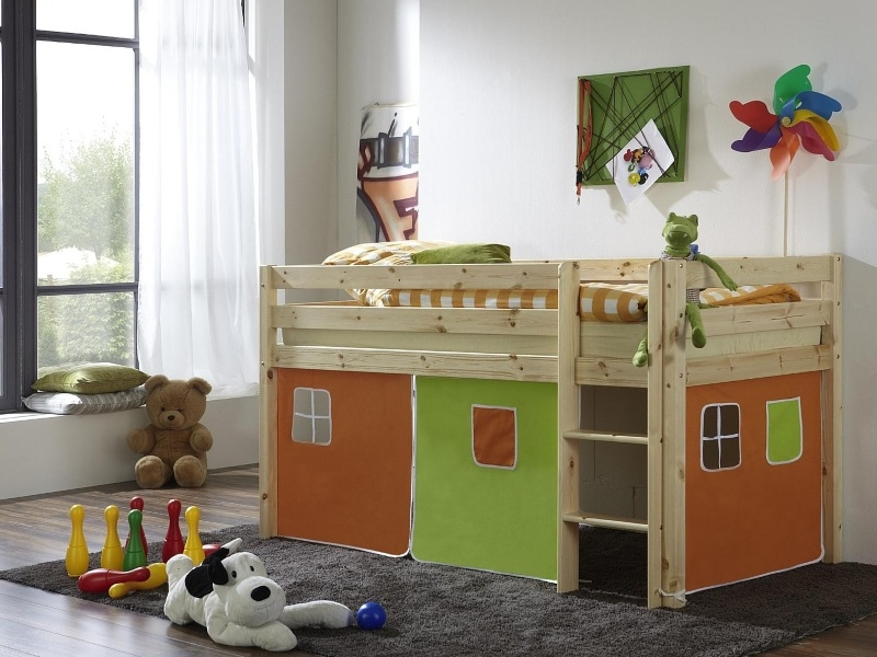 Кровать-чердак из массива игровая N2