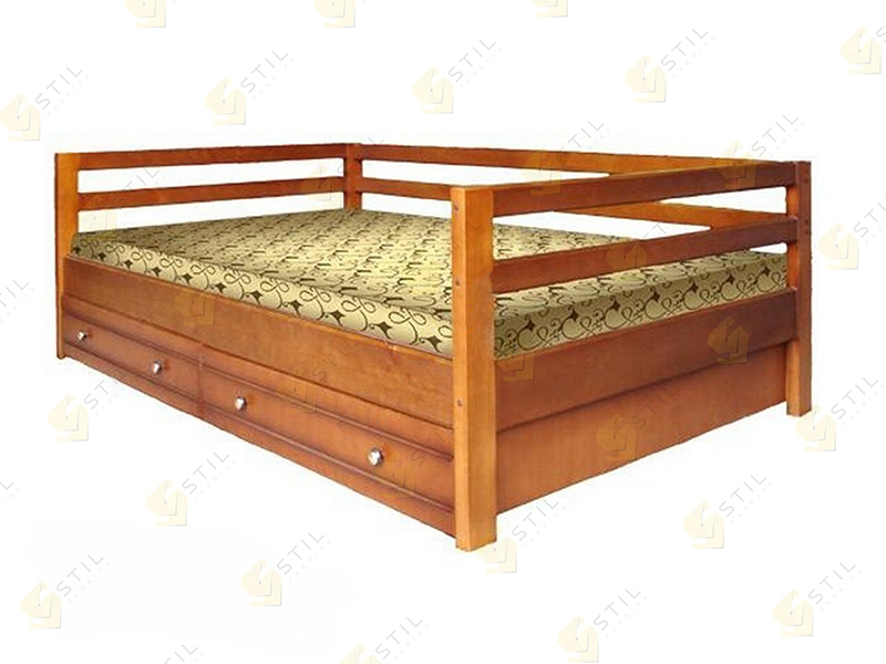 Кровать из массива Кадет
