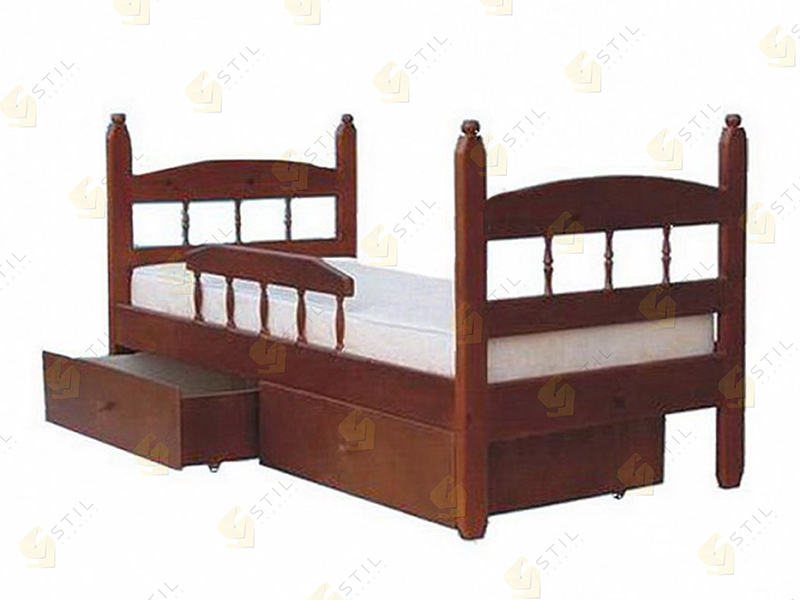 Детская кровать из массива Кузя-1