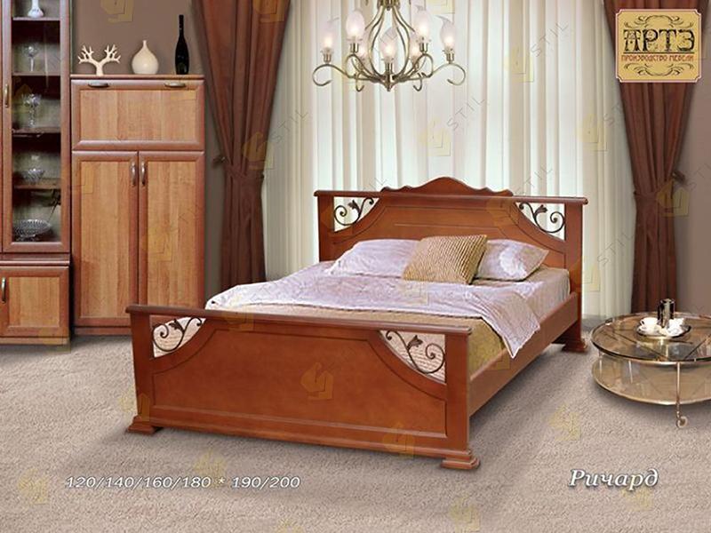Кровать из массива Ричард