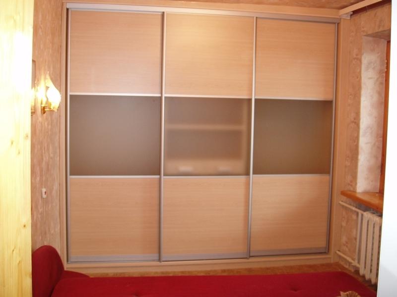 Недорогой шкаф-купе Встроенный-21