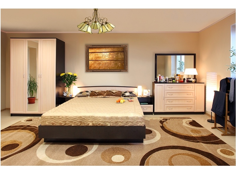 Недорогая спальня Светлана-М1