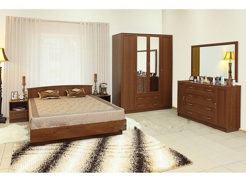 Недорогая спальня Светлана-М2