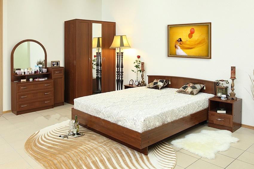 Недорогая спальня Светлана-М4